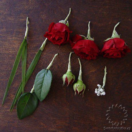 Květy do vlasů (45)  572250c5ef